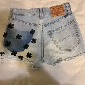 lucky pins high rise short with embroidery